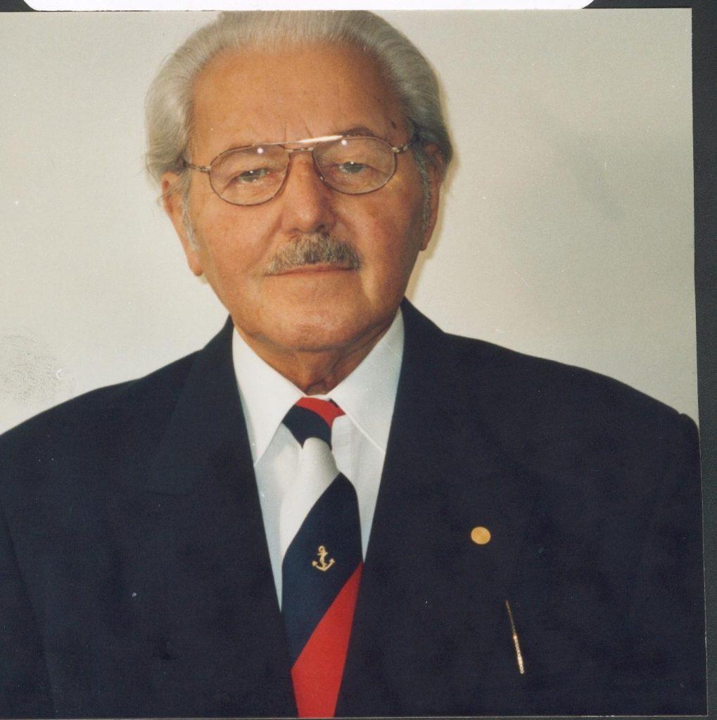 """Heinz Schön, Publizist (u. a. zur """"Gustloff""""-Katastrophe)"""